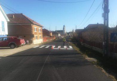 Lucrări de marcaje rutiere au fost executate pe mai multe drumuri judeţene