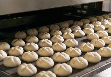 Forță de muncă din afară la Cluj: 50 de vietnamezi au fost angajați la o fabrică de pâine din Câmpia Turzii