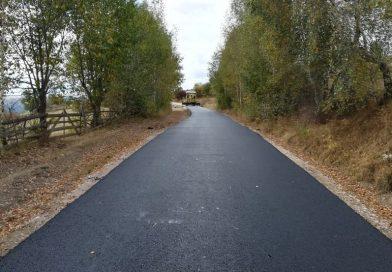 Asfaltare pe un nou drum județean, pe direcția Mărișel – Măguri Răcătău