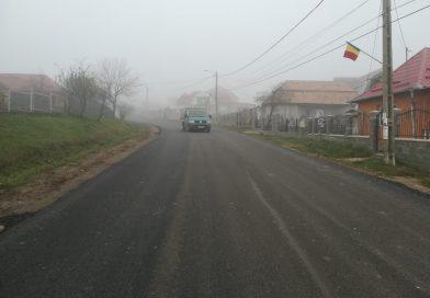 Lucrări de asfaltare pe raza localității Frata și în satul Viișoara