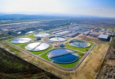 Primul contract, de aproape 30.000.000 lei, din cele 355.000.000 euro, pentru dezvoltarea rețelei de apă, a fost semnat azi
