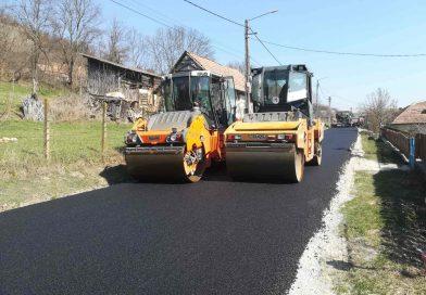 A fost finalizată asfaltarea pe drumul județean DJ 108C
