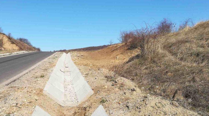 Au fost reluate lucrările de modernizare pe drumul judeţean DJ 108N