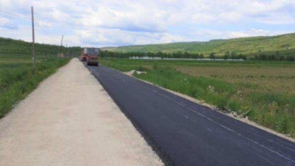 Pe drumul judeţean 161C Iclod – Aluniş – Corneni se asfaltează