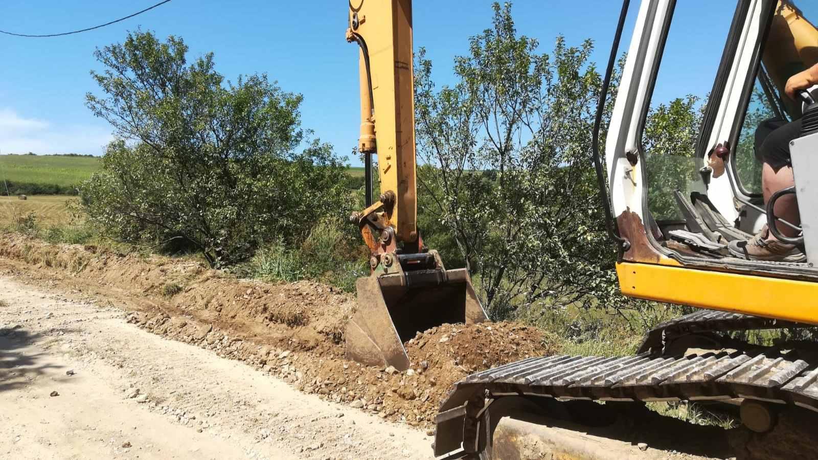 Drumul județean spre satul Roșieni din Mociu va fi asfaltat