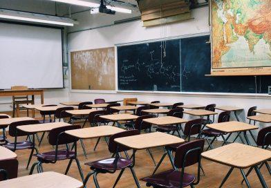Proiect dedicat prevenirii abandonului şcolar, la Cluj